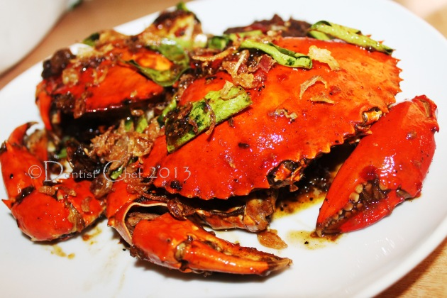 Kam Heong Crab with Fragrant Curry Leaves