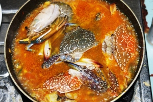 seafood paella make step by step picture making paella seafood prawn crab