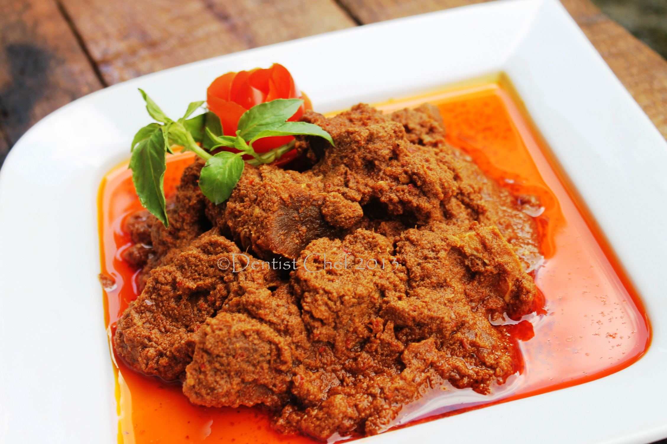 ... Kalio (Indonesian Brown Rendang or Stewed Beef in Spicy Coconut Curry