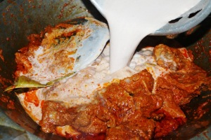 kalio beef indonesian brown curry recipe