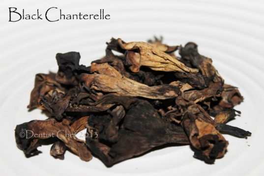 dried black chanterelle mushrooms horn of plenty, black trumpet mushrooms
