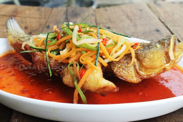fried fish vietmanese spicy lemongrass chilli sauce