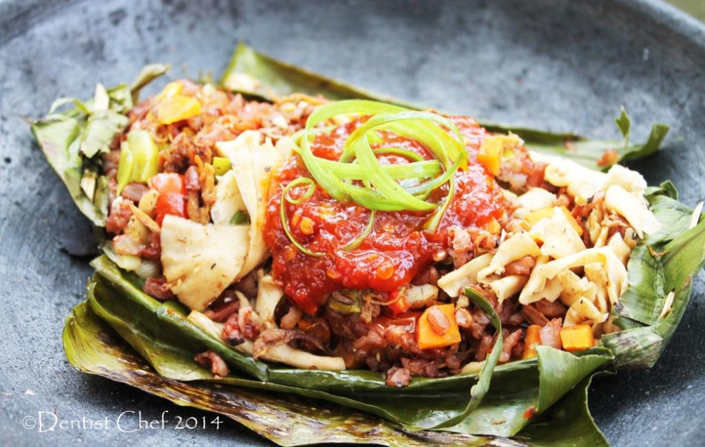 Resep Nasi Bakar Beras Merah Isi Jamur (Grilled Banana Leaf Wrapped ...