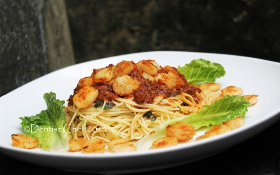 Pasta roasted garlic recipe scallops spicy tomato sauce