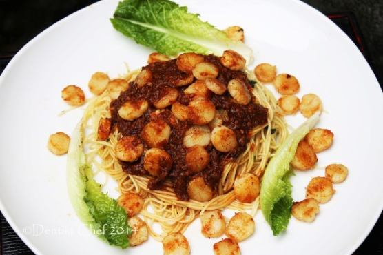 pasta with roasted garlic recipe spicy tomato sauce pasta seared scallops