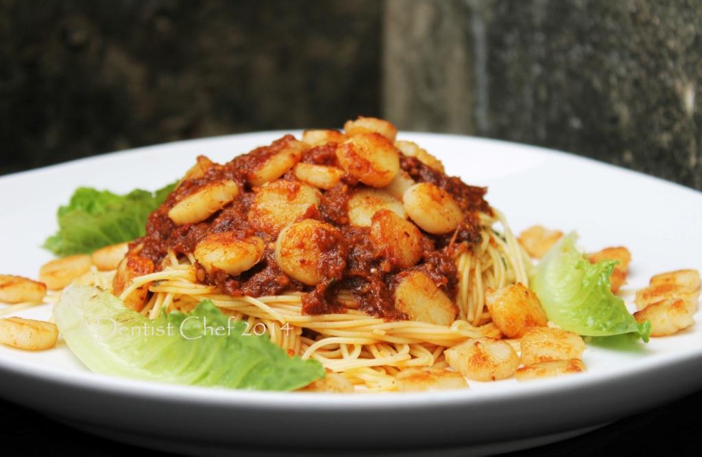 Roasted Garlic Pasta Spaghetti with Pan Seared Baby Scallop Recipe ...