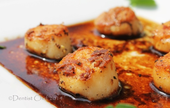 seared scallops recipe balsamic reduction sauce mushrooms sauce recipe pan fried hokkaido scal;ops