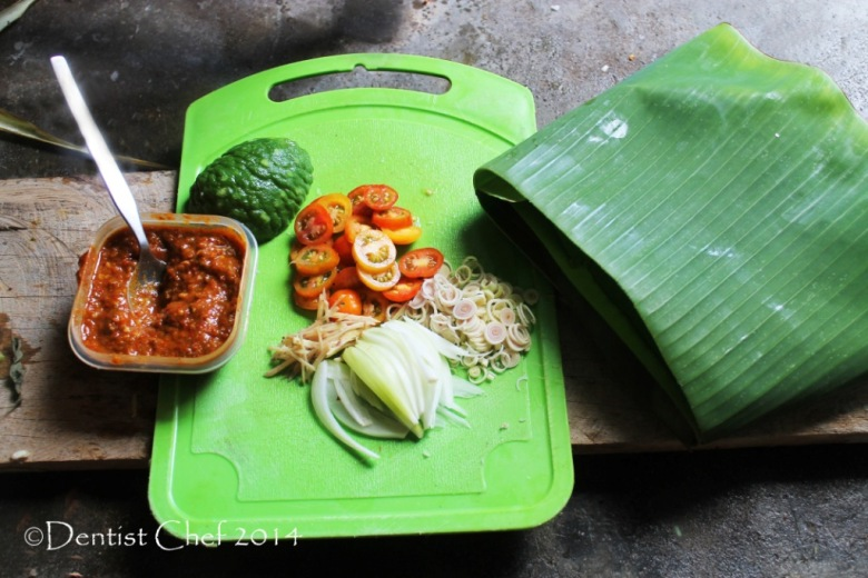 recipe chili sambal barbeque sauce grilled fish recipe belachan lemongrass tomato chili pepper onion shallor banana leaves
