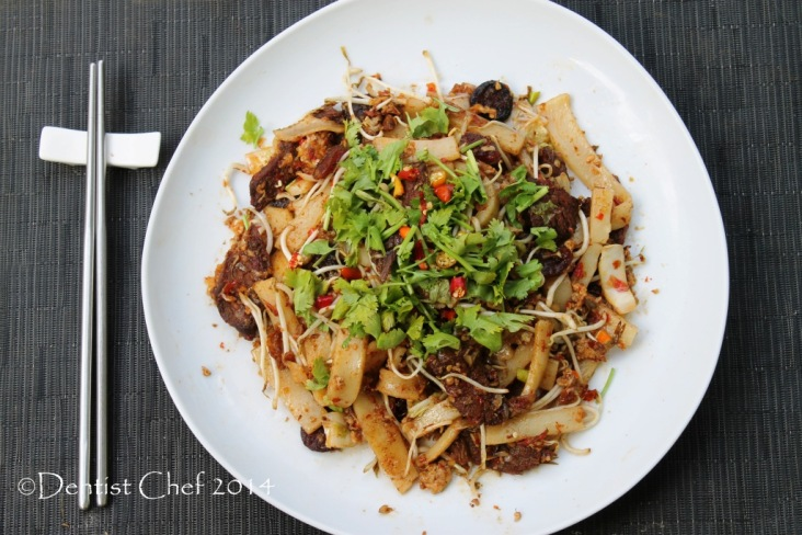 beef char kway  teow wagyu beef flat rice cake noodle stif fry egg chinese sausage lap cheong bean sprout