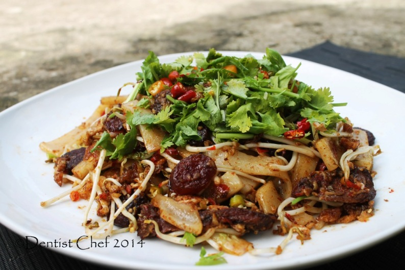 kway teow beef recipe xo sauce stir fry rice cake noodle wagyu beef soy sauce cilantro chili