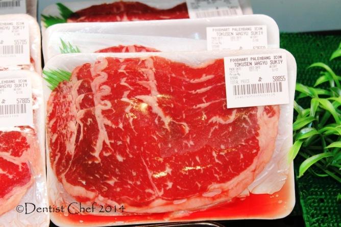 sliced wagyu beef stir fry recipe char kway teow flat rice noodle kwetiau goreng sapi