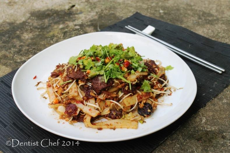stir fry asian rice noodle wagyu beef xo sauce char kway teow resep kwetiau goreng sapi jambi
