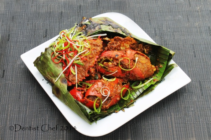 banana leaves wrapped crab recipe grilled over charcoal spicy chili garlic shallots shrimp paste resep kepiting asap bumbu pedas ala resto kepiting kalimantan papua
