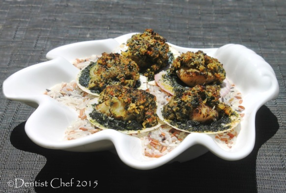 baked scallops rockefeller half shell cheese gratin spinach butter parsley breadcrumbs basil