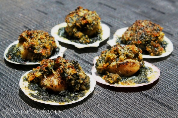 baked scallops rockefeller recipe cheese spinach gratin breadcrumbs spinach butter parsley basil
