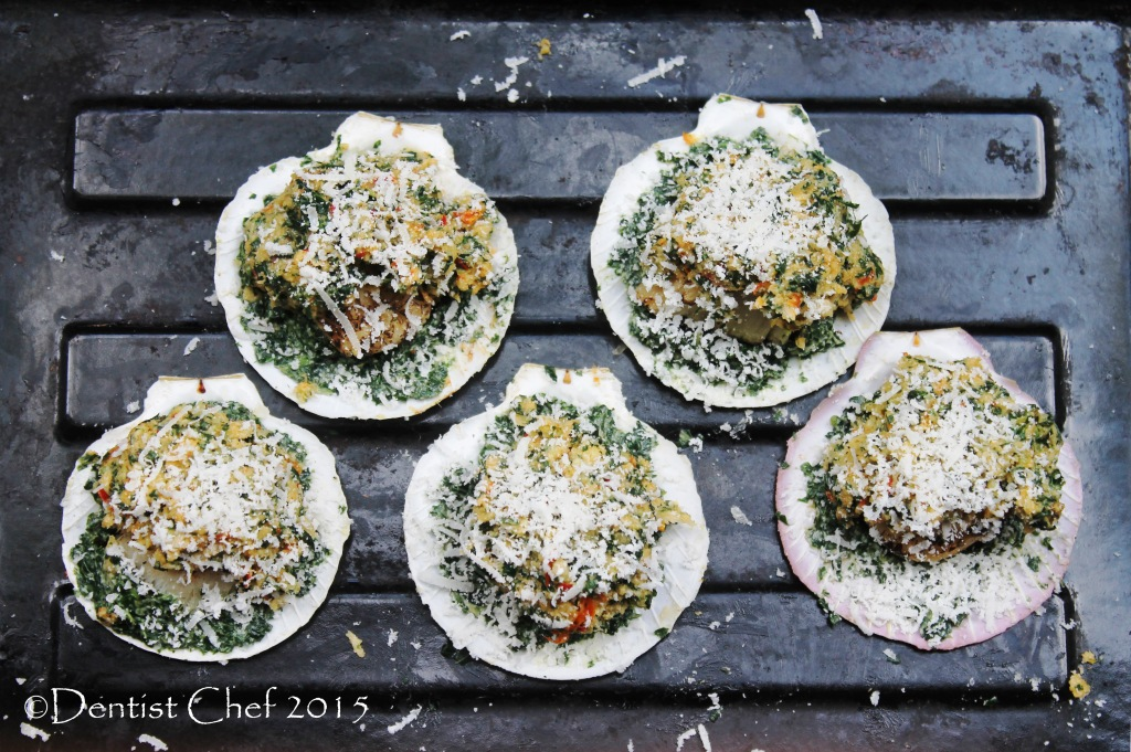 Recipe Scallops Rockefeller (Broiled Half Shell Scallop with Cheesy ...