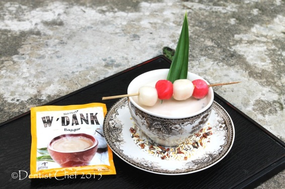 recipe wedang bajigur indonesian warm coconut milk drink palm sugar pandan beverages