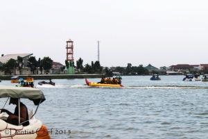 Danau OPI jakabaring palembang banana boating man made lake