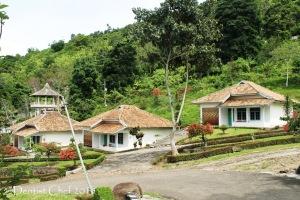 Danau ranau hotel pusri penginapan sumatera selatan ranau lake hotel cottage agya blog competition