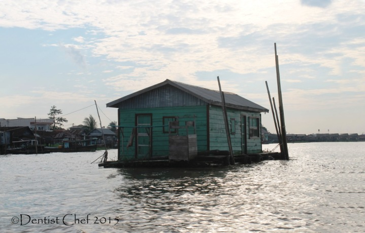 rumah terapung sungai musi floating house in the river toyota agya blog contest