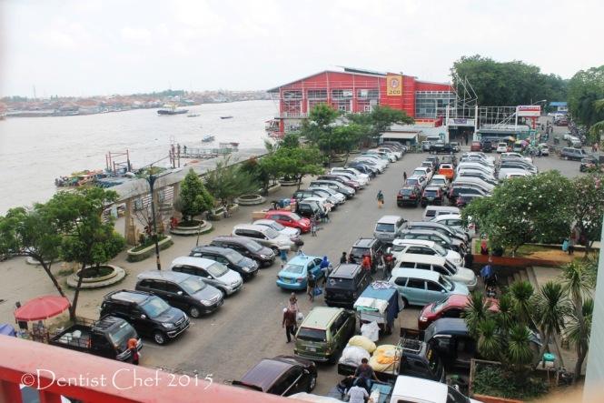 tempat parkir jembatan ampera palembang sungai musi benteng kuto besak toyota agya blog contest
