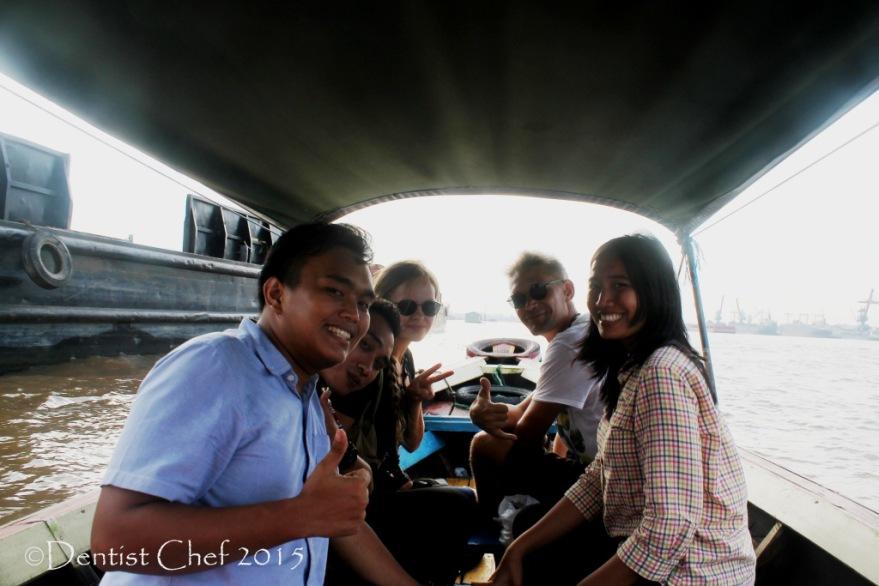 wisata pulau kemarau sungai musi cap go meh naik ketek  toyota agya blog contest