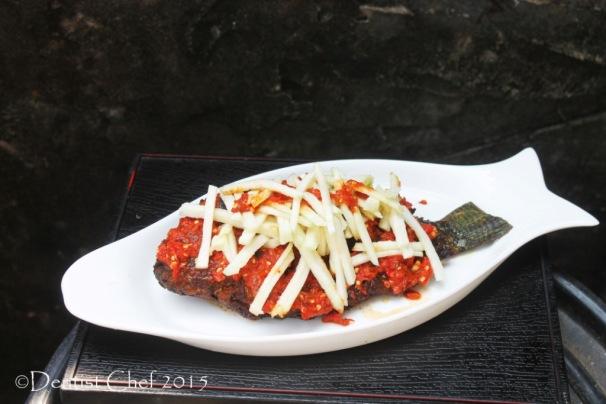 ikan nila bakar sambal jambu biji mujair salsa cabe jambu guava salsa chili grilled tilapia fish
