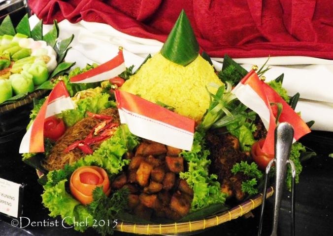 nasi kuning tumpeng Cerenti Restaurant Grand Zury BSD City Hotel Tangerang