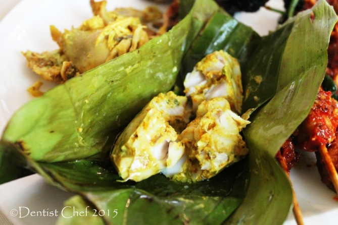 tum ikan steamed fish banana leaf spicy balinese steamed grouper turmeric
